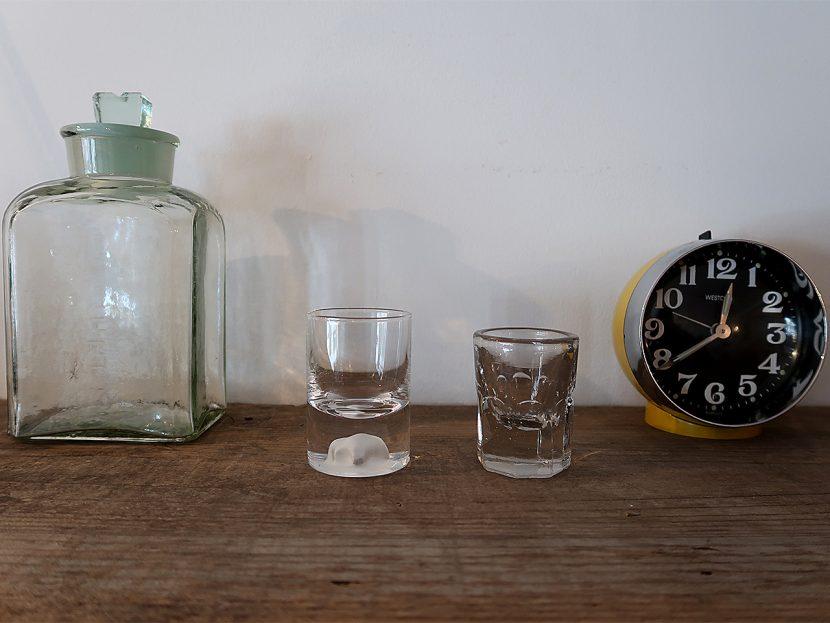 Soil 20世紀前期のグラスボトルなど