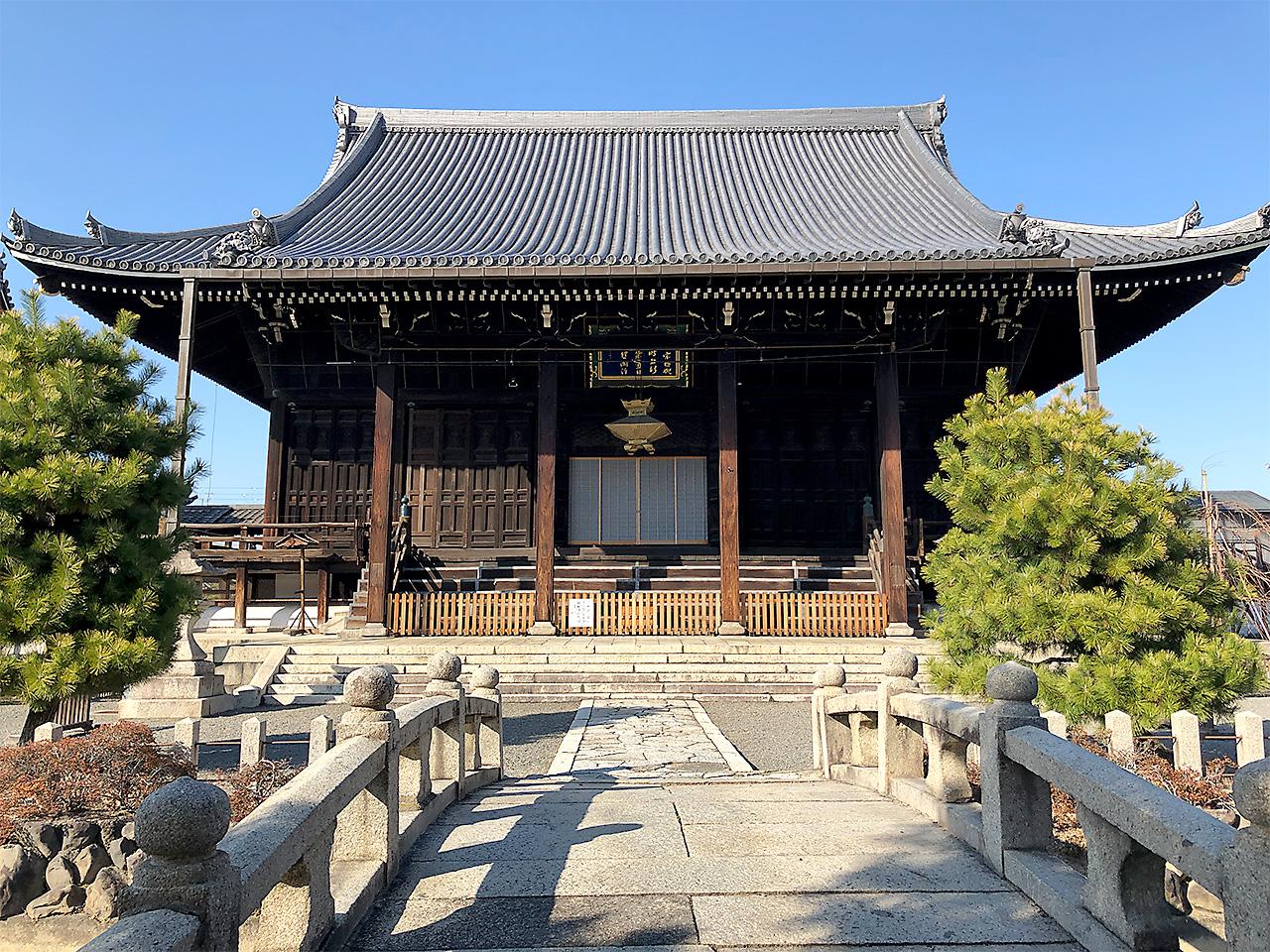 本山要法寺 本堂