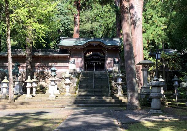 岡太神社・大瀧神社 境内